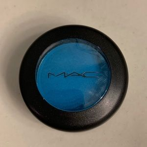 MAC Eye Shadow in Electric Eel